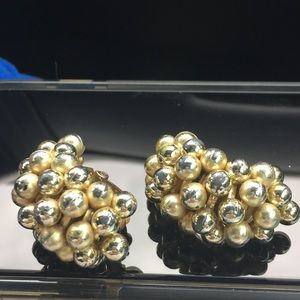 Chunky bead gold disco clip earrings 1980s vintage